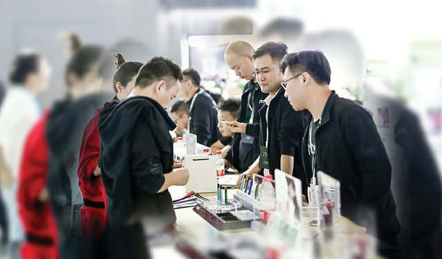 China's E-Cigarette Industry at the Turning Point