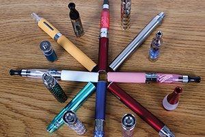 e-cigarette-makers-teaser-300.jpg