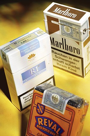 TA16i3-Germany-cigarettes.jpg